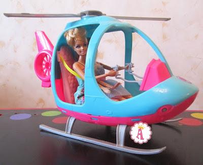 Розово-голубой вертолет для Барби