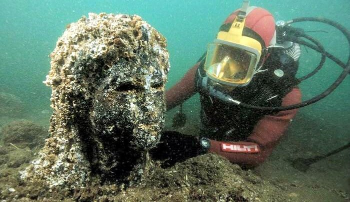 What Was Discovered Deep In The Ocean Is Seriously Mind Blowing