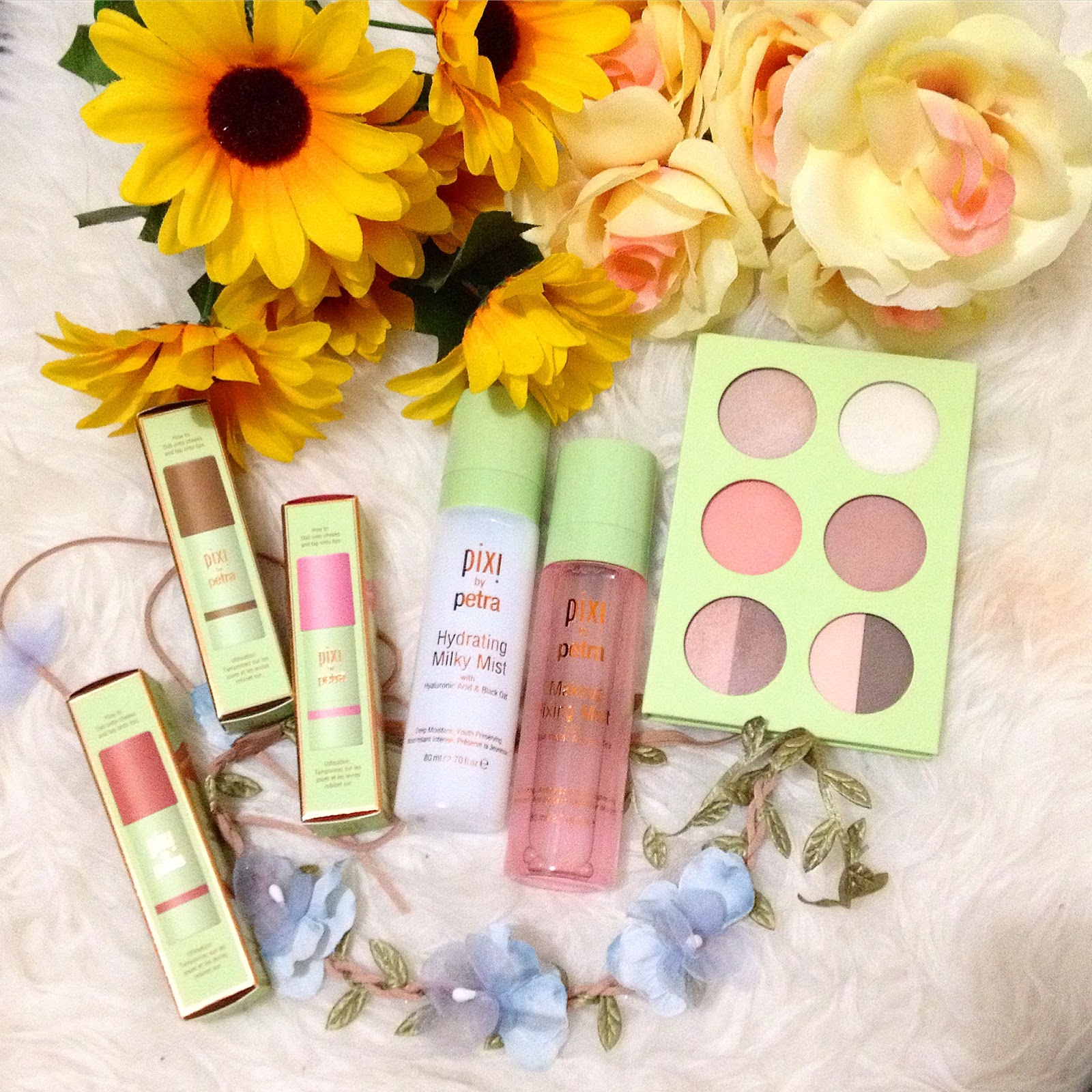 My Little Things ~ Beauty Diary by Monica: Multi-Misting with Pixi
