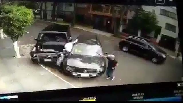 VIDEO; Lo intentan secuestrar pero héroe anónimo en camioneta blindada de lujo lo salva y atropella a uno de los secuestradores