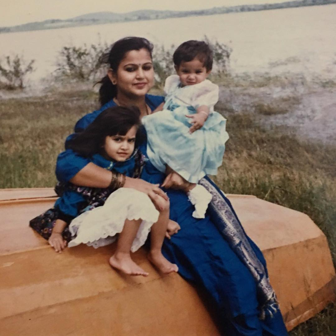 Kriti Kharbanda with Mother Childhood Pic