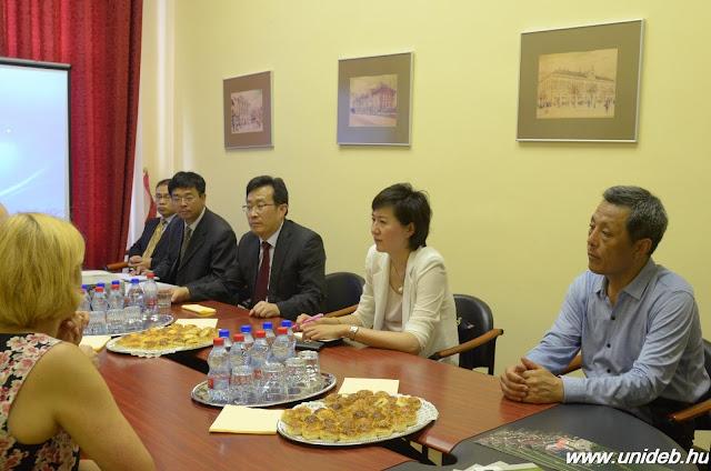 A delegáció tagjai elsősorban az élelmiszertudomány, a biotechnológia, a gazdaságtudomány és az informatika területén, valamint a mérnökképzésben látják az együttműködés lehetőségeit.