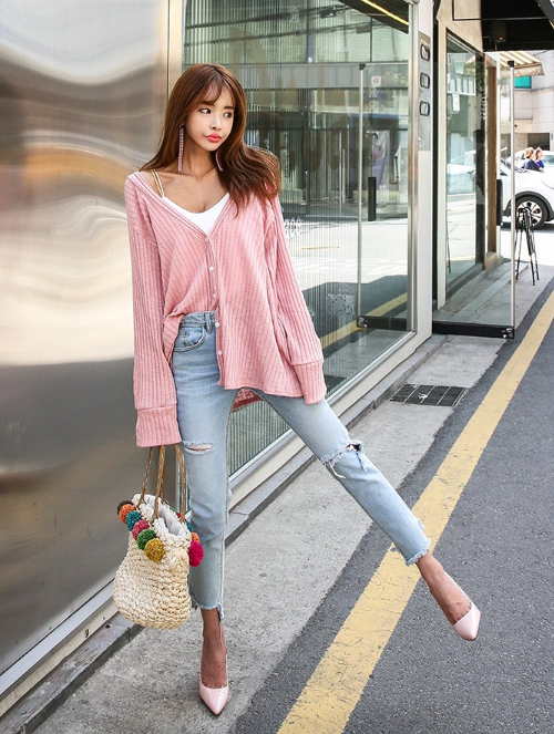 Loose Ribbed V-Neck Cardigan