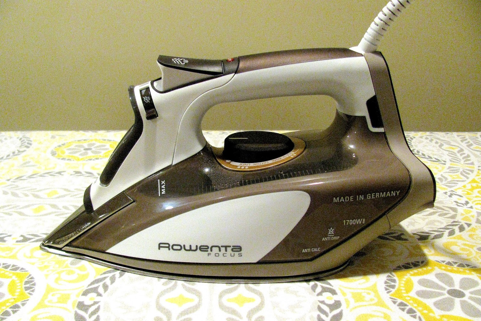 Monica curry quilt designs: 4 must have irons for quilting
