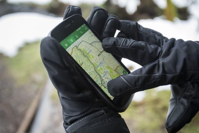Vodafone lanza el Smartphone más resistente del mercado: el Land Rover Explorer.
