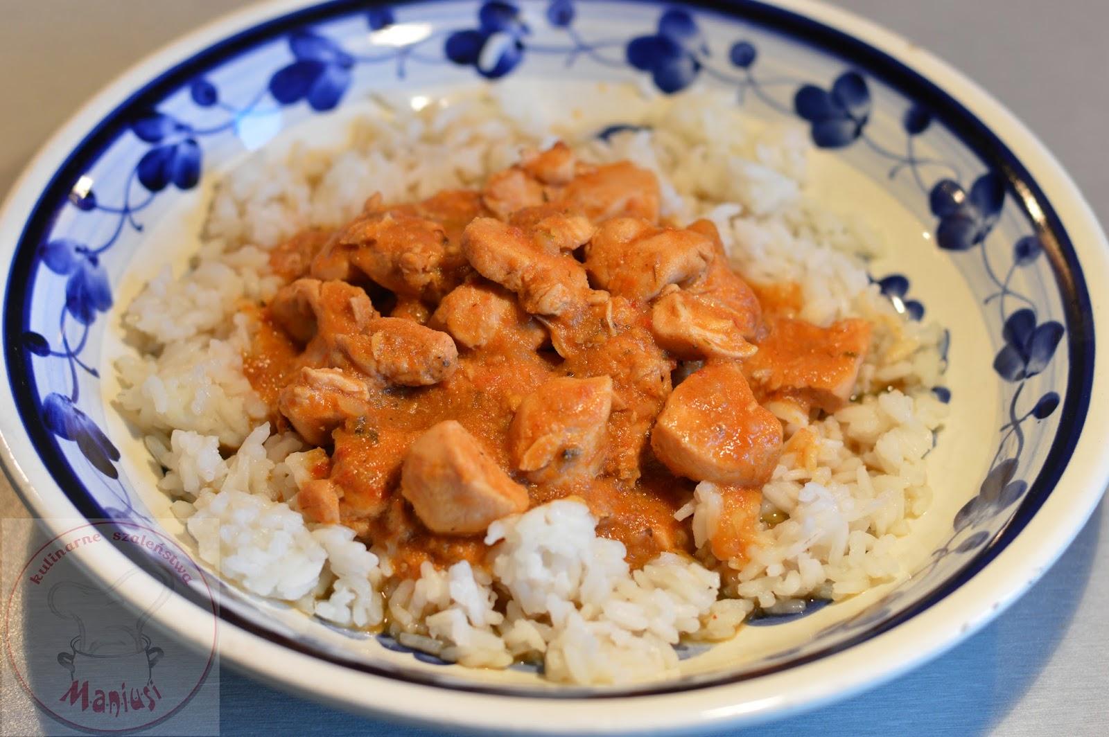 Ryż z kurczakiem i curry po tajsku