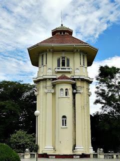 Grande Torre da Caixa d'Água da Hidráulica Moinhos de Vento