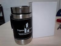 mug kulit promosi, souvenir mug, mug murah jakarta, mug stainless steel, mug kulit, mug promosi murah, mug mewah, barang promosi murah jakarta, souvenir murah jakarta, triyasa propertindo, seminar kit murah