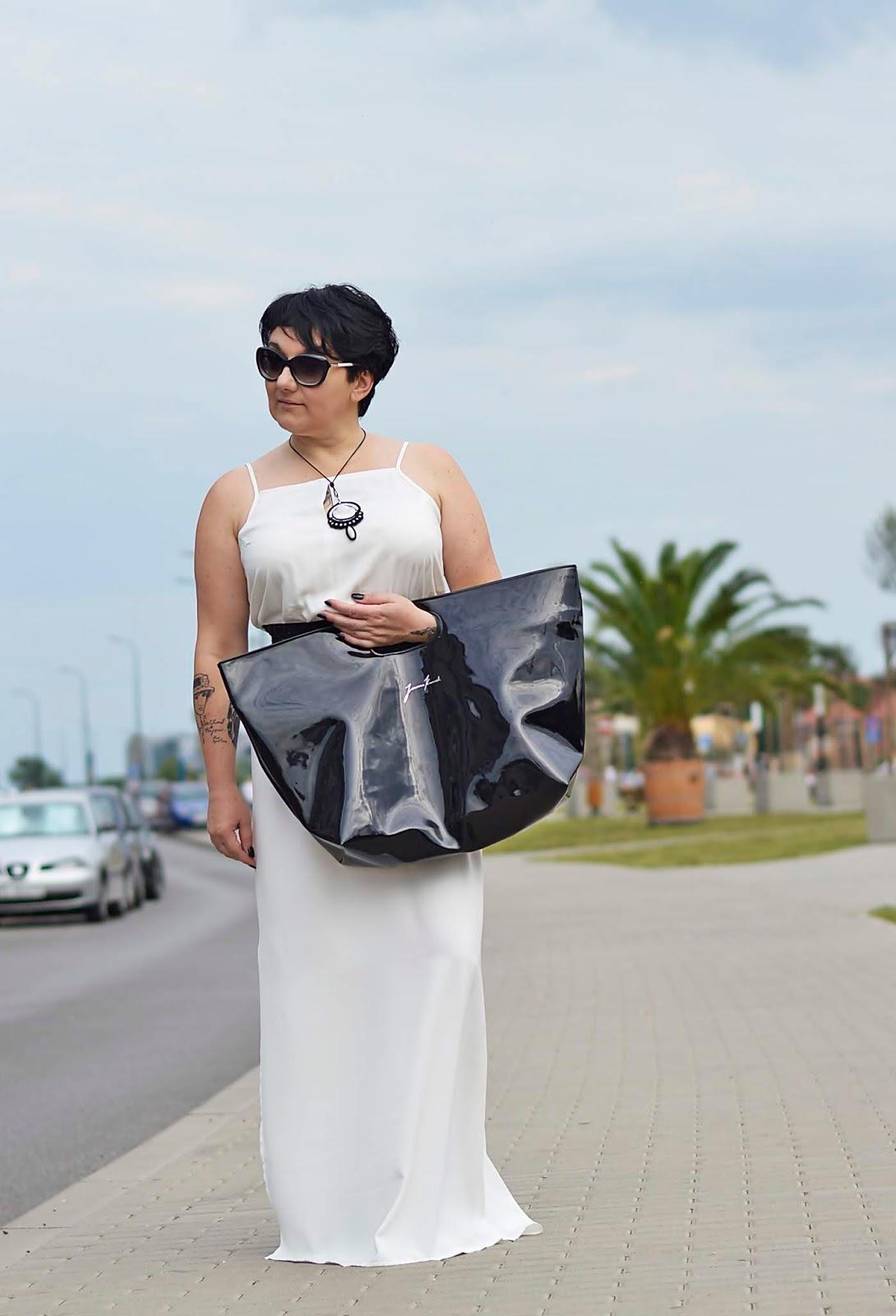Minimalistyczna Sukienka z rozcięciami /  Minimalist Dress with slits