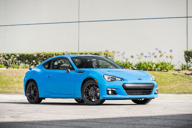 Front 3/4 view of 2016 Subaru BRZ Series.HyperBlue