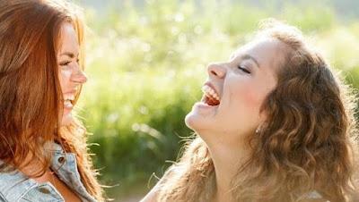 4 Manfaat Tertawa Terhadap Kesehatan Tubuh Yang Banyak Tidak Diketahui Orang