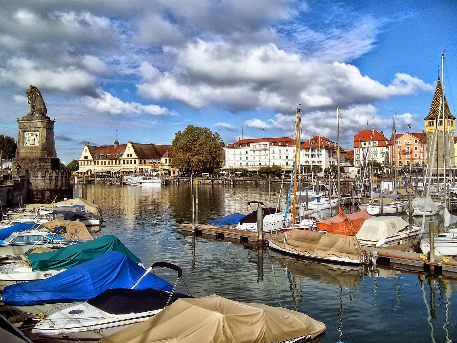 lindau mature singles Hotel bad schachen, lindau (germany) this individually furnished single room includes satellite tv and a minibar room facilities: • safety deposit box.