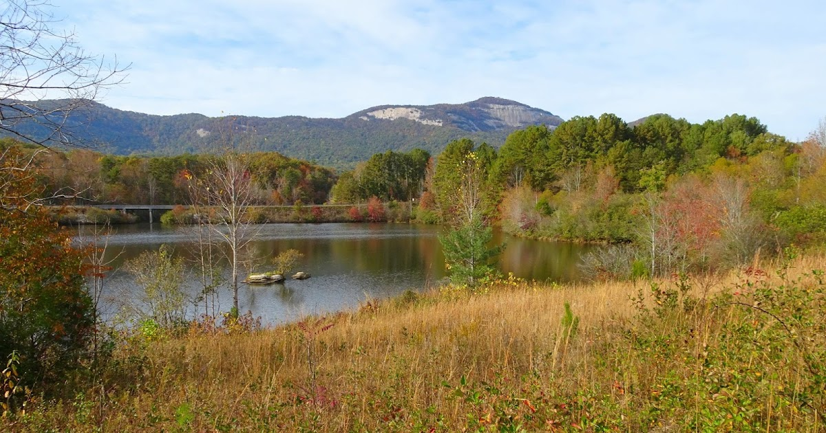 Femme au foyer your guide to cherokee foothills scenic for Table rock nc cabins