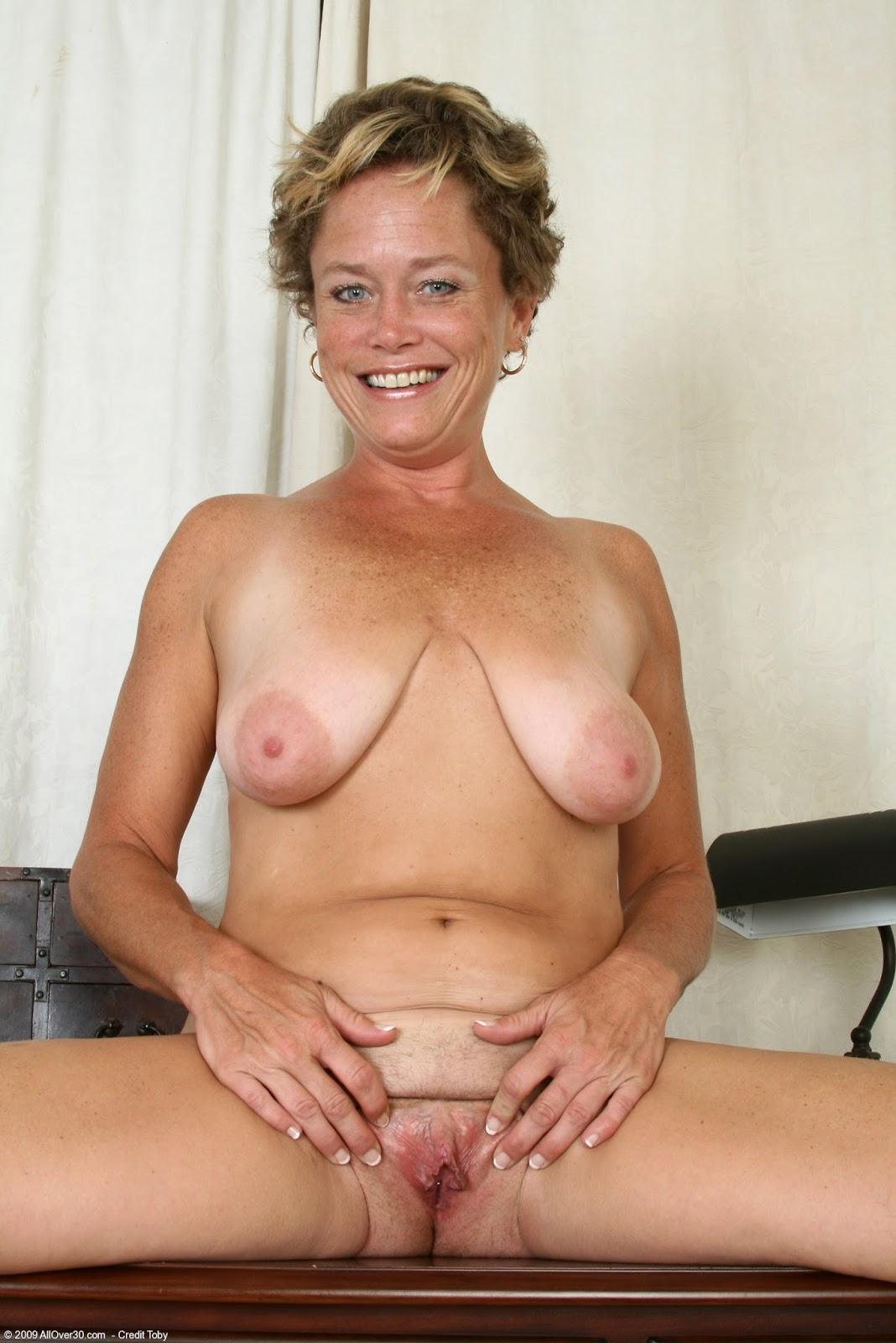 Sexy Nude Older Women