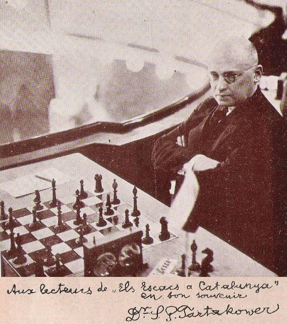 Savielly Tartakower y dedicatoria en Els Escacs a Catalunya