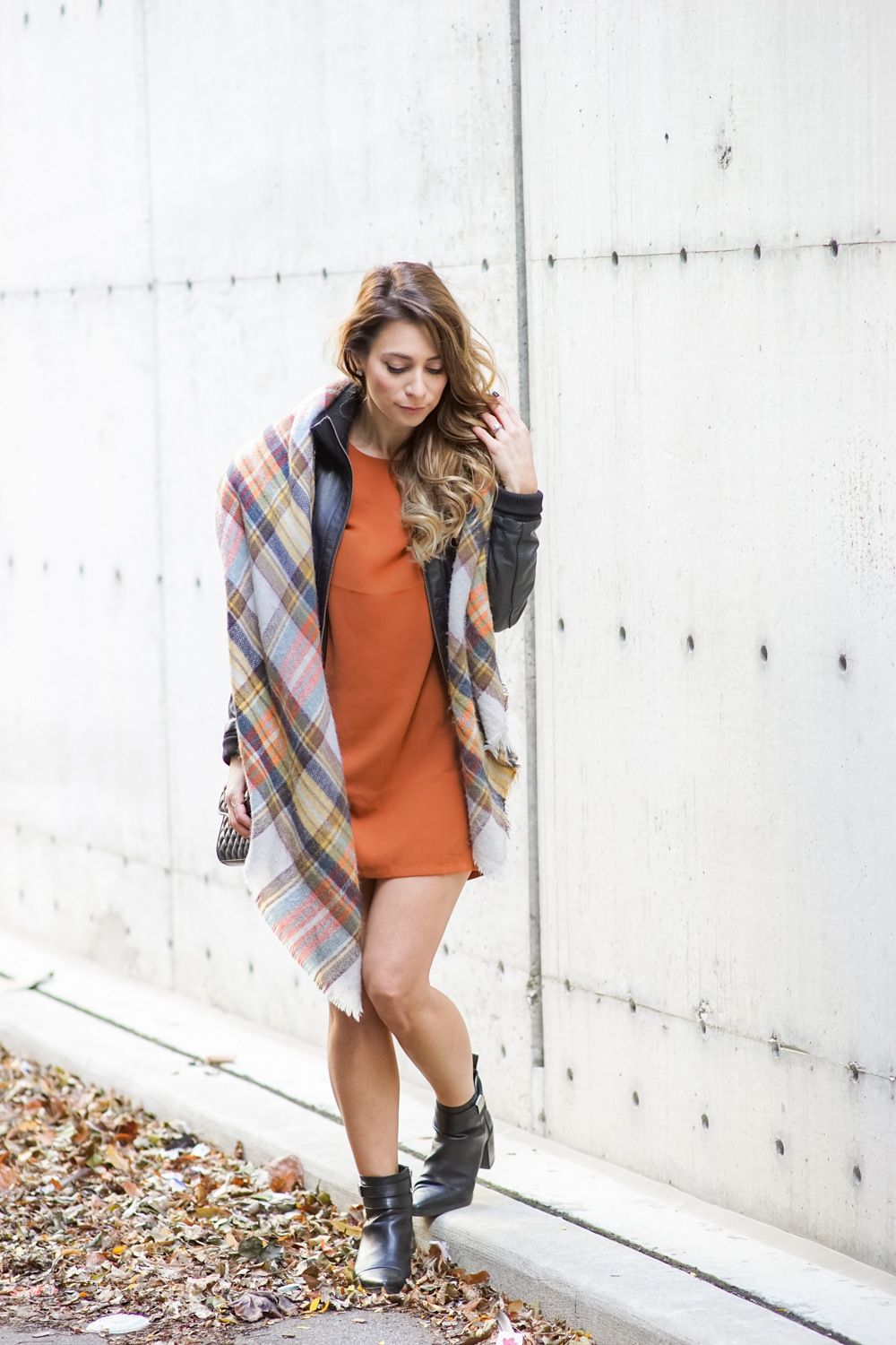 zara plaid blanket scarf burnt orange dress fall outfit ootd