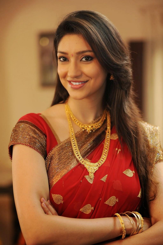 Actress TanviVyas Latest Images
