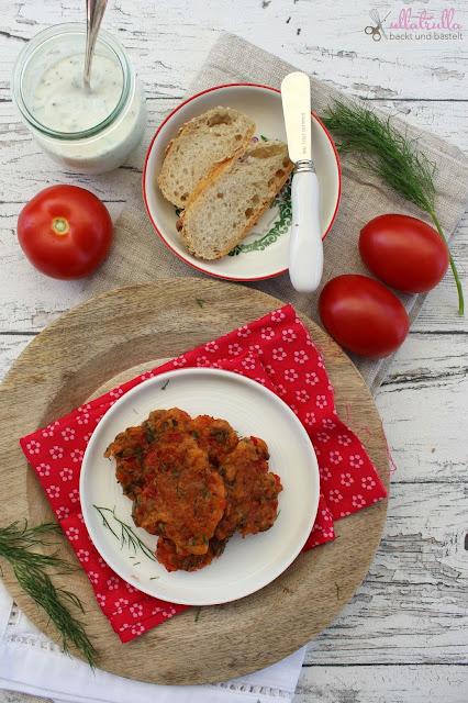 Rezept für Tomatenfrikadellen mit Kräuterquark