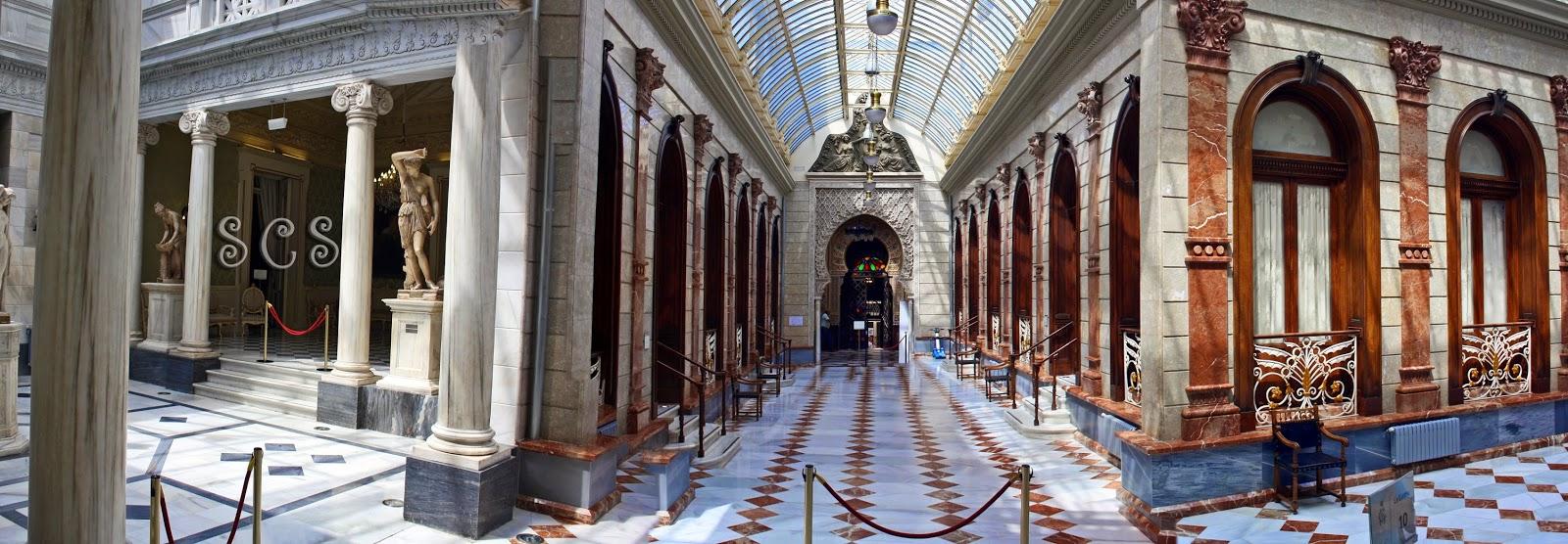 Galería Central en el Real Casino de Murcia