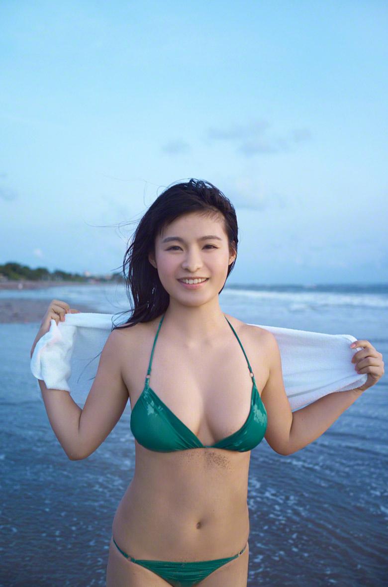 mizuki hoshina sexy bikini pics 02