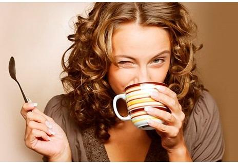 Instala ambos sistemas operativos en un solo disco duro, y tomate un café para disfrutarlo :)