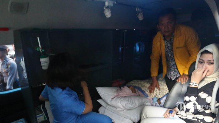 Teriakan 'Dadah Papa' Iringi Proses Pemindahan Setya Novanto ke RSCM