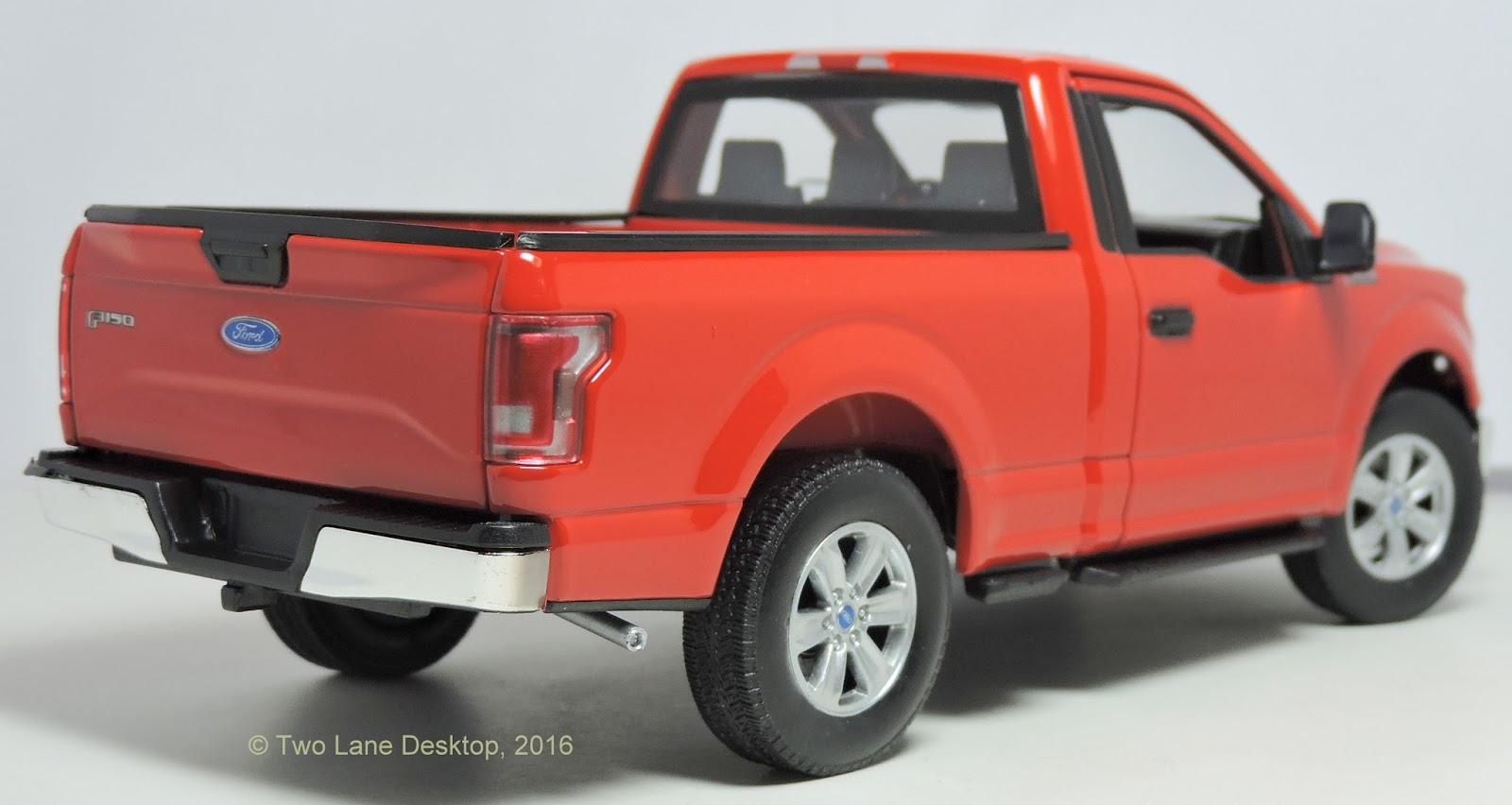 two lane desktop welly 1 24 2015 ford f 150 xl regular cab. Black Bedroom Furniture Sets. Home Design Ideas