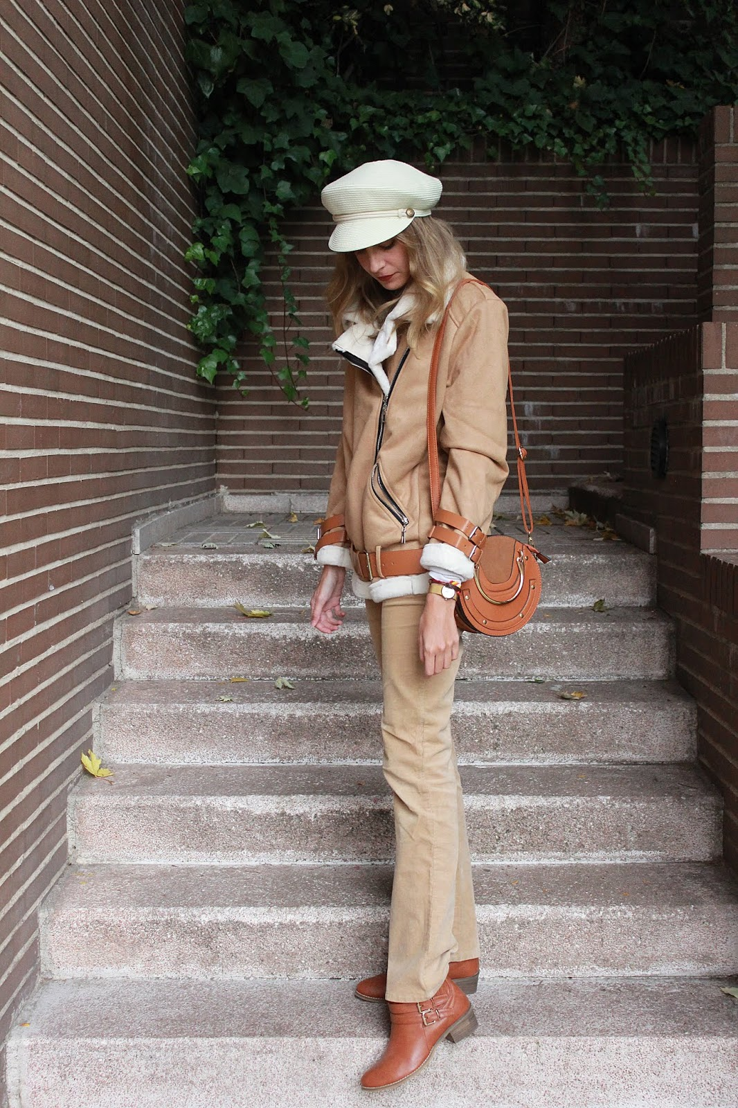 faux-shearling-jacket-corduroy-pants-street-style-autum-trends