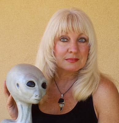 Tiga Wanita yang Mengaku Sebagai Keturunan Alien