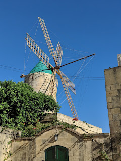 Xaghra windmill farmhouse