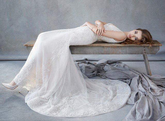 Lindos vestidos de novias | Colección Lázaro 2016