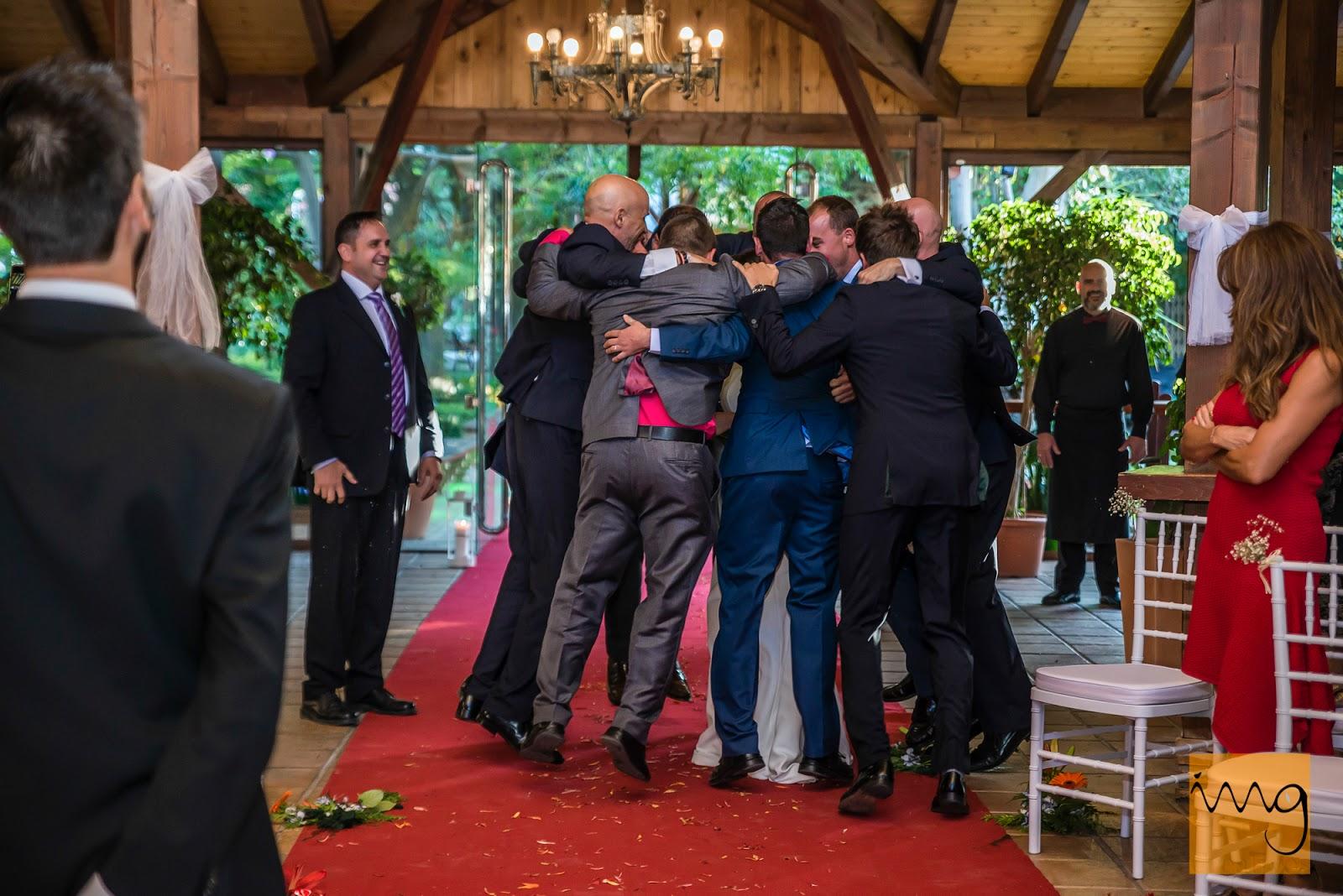 Sorpresas a la novia en su entrada a la ceremonia