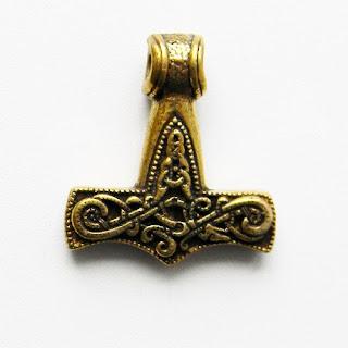 сувениры из латуни и бронзы оптом подвеска молот тора купить мьелниир