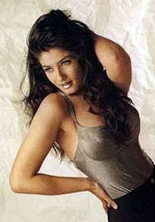 Raveena tandon sexy images