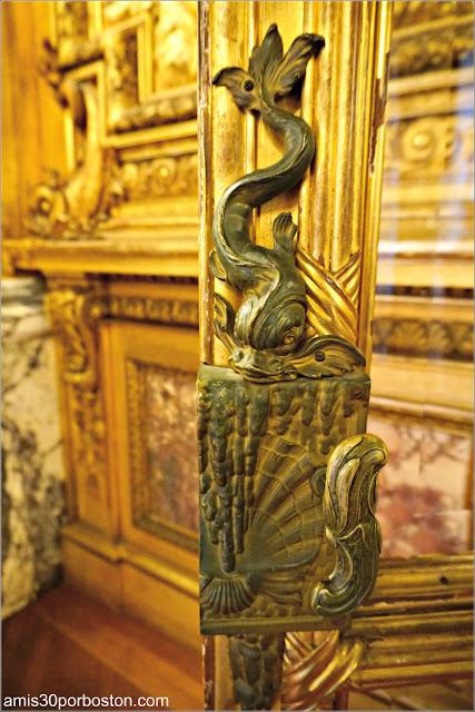 Decoraciones Marinas del Gran Salón de Marble House, Newport