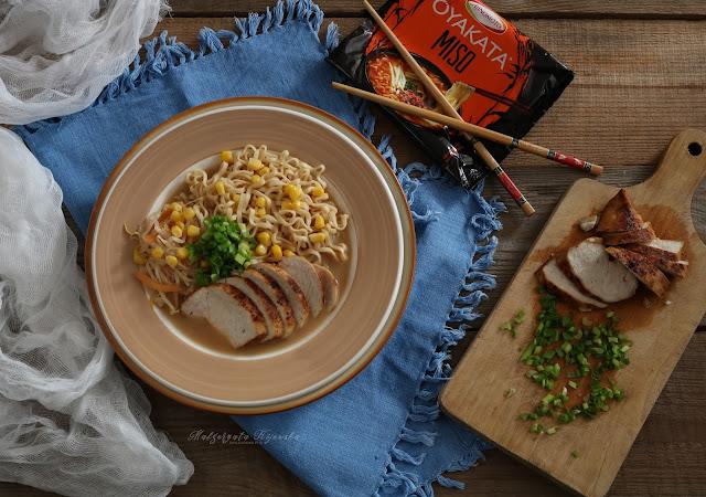 Oyakata, kurczak miso, kuchnia japońska, jak zrobić makaron po japońsku, daylicooking