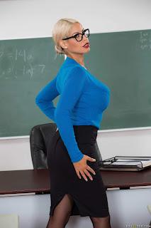 Bridgette B : Teachers Tits Are Distracting ## BRAZZERSs6vw3e72ce.jpg