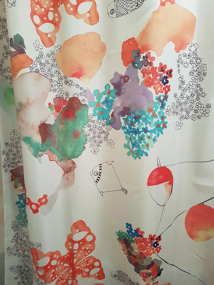 To tell a story embracing white and red for Why does my shower curtain turn pink