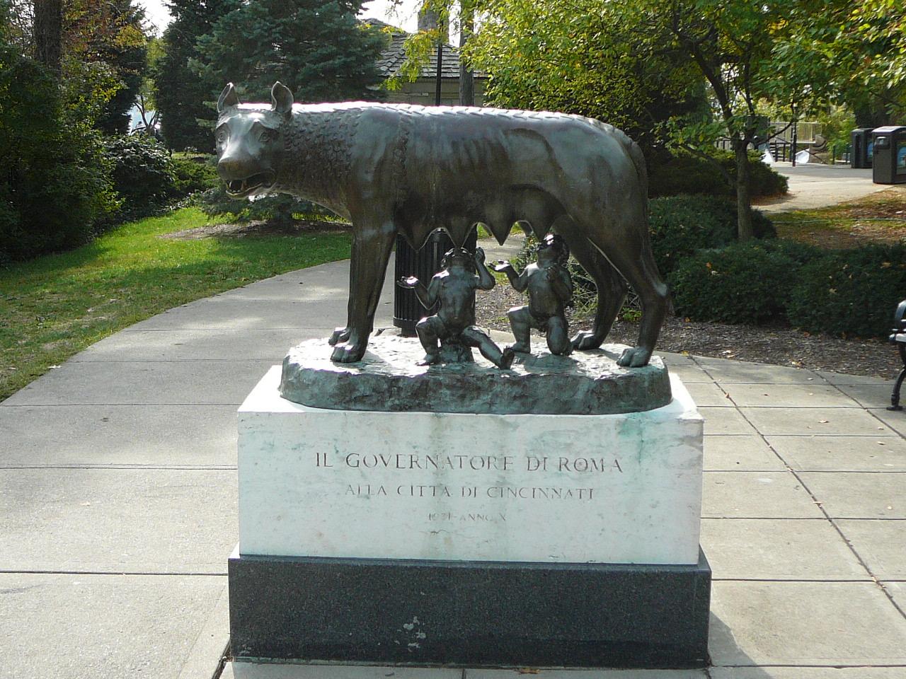 queen city tour  capitoline wolf