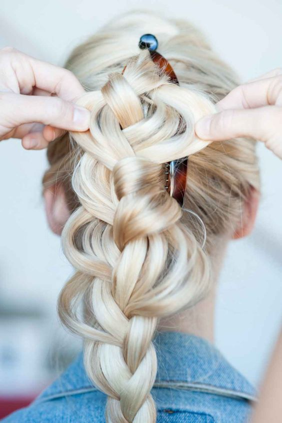4 Easy & Unexpected DIY 'Dos — All Using Hair Accessories!