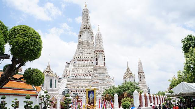 Wat Arun - Paket Tour 4H3M Bangkok Pattaya Aug-Sep 2018 - Salika Travel