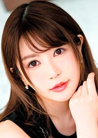 Actress Riona Kotomiya