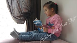 ılgın kitap okuyor