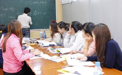 Học tiếng Nhật giao tiếp thật không đơn giản