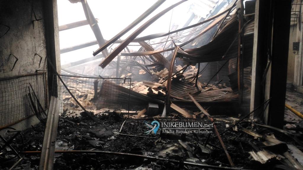 Butuh 14 Hari untuk Mengetahui Penyebab Kebakaran Pasar Wonokriyo Gombong