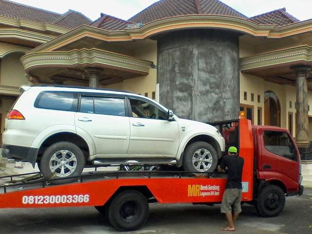 MAJU RAYA Telp. 0812-3000-3366 jasa derek mobil surabaya, gresik, mojokerto, sidoarjo, tuban, bangkalan, suramadu