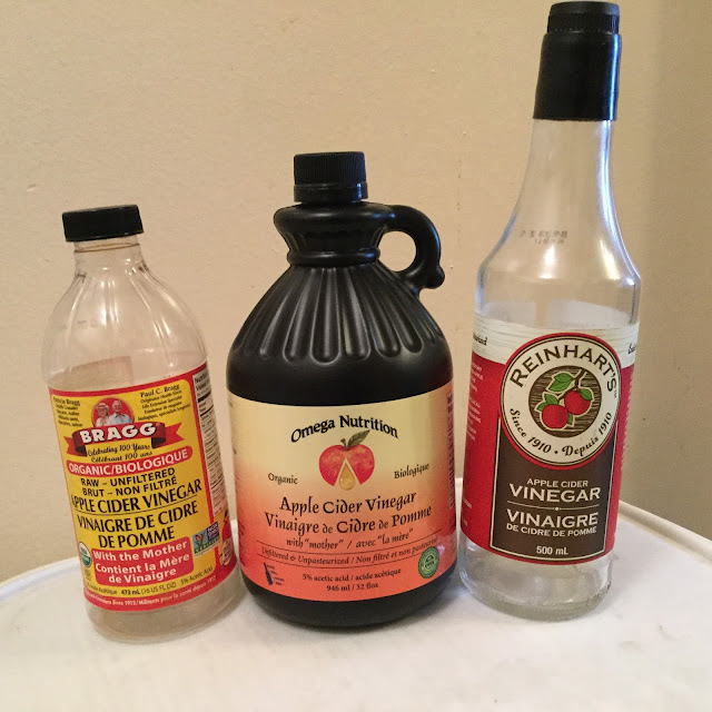Axial Spondyloarthropathy, apple cider vinegar, vinegar with the mother, natural medicine, natural cures, arthritis, arthritis natural medicine, arthritis vinegar, artist, sick artist, artist with a disease