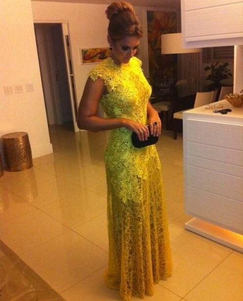 vestido de festa amarelo renda