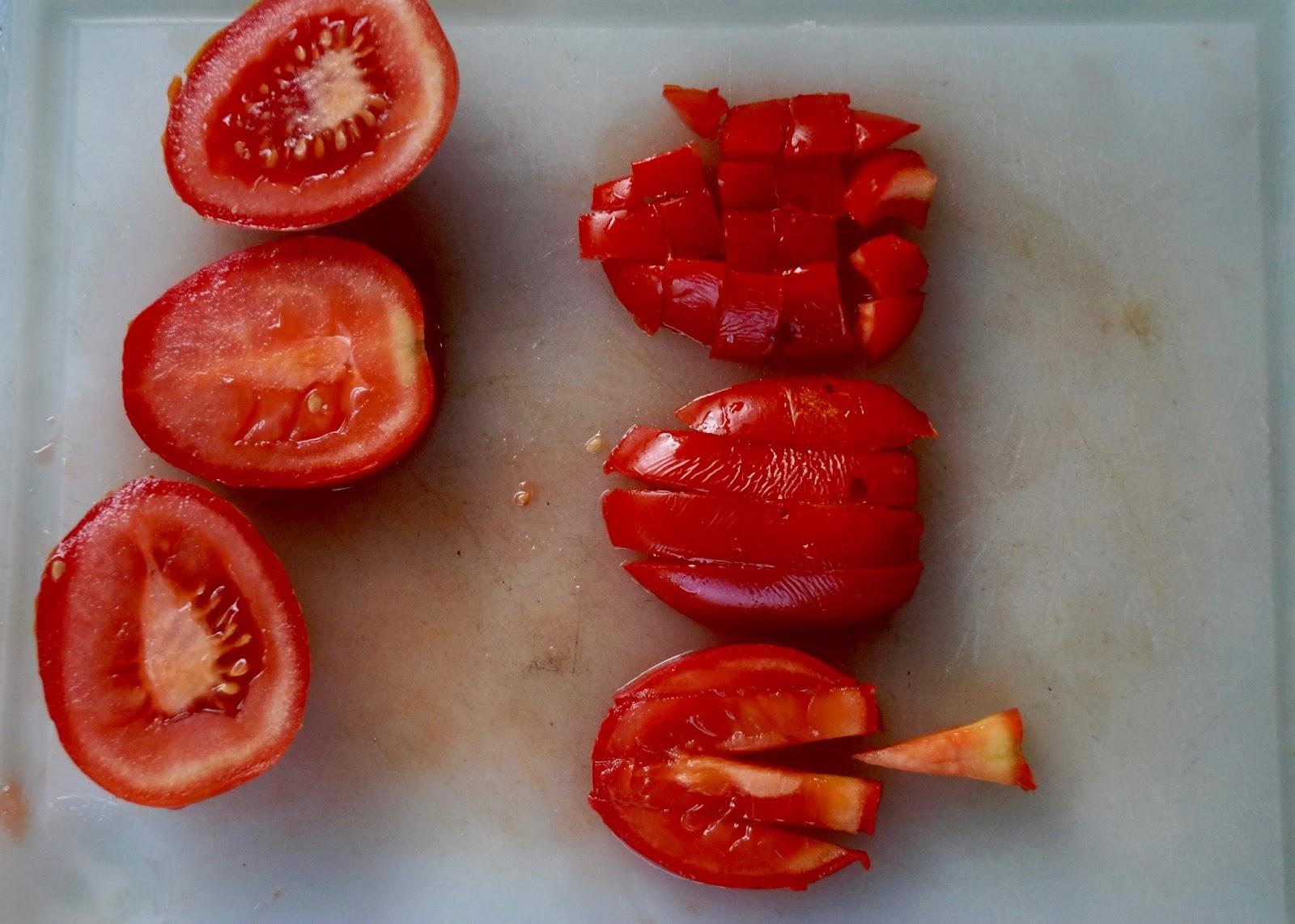 Tartare de tomates au basilic - Comment couper le basilic ...