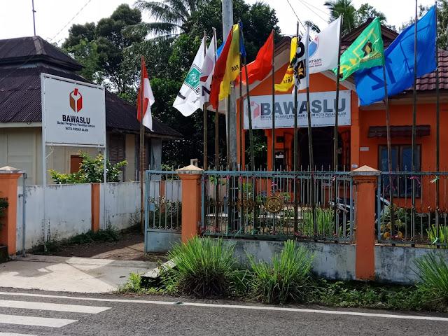 Belum 5 Bulan Jabat Ketua Bawaslu, Edy Budi di Plenokan
